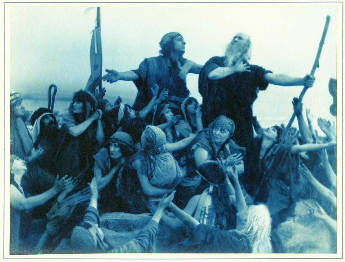 Scene from Cecil B. DeMille's The Ten Commandments, Photographs of the filming of Cecil B. DeMille's The Ten Commandments, PC-RM-Curtis, courtesy, California Historical Society, PC-RM-Curtis_416. Fair use via Wikimedia Commons.