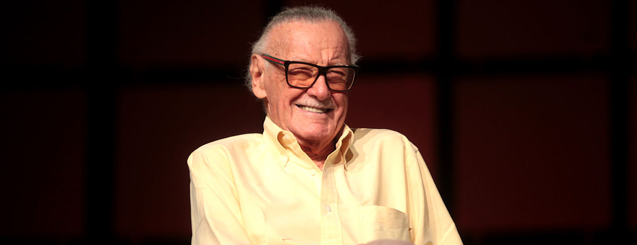 Stan_Lee_2014_Phoenix_Comicon2