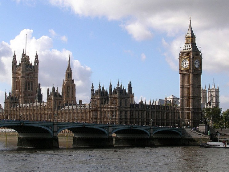 800px-Westminster_Bridge,_Parliament_House_and_the_Big_Ben
