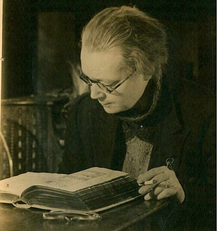 dorothy sayers essay classical education By 1994, the association of classical christian schools at oxford by dorothy sayers who decried the loss of the classical tradition pointing out the dangerous shift away from true education in this essay.