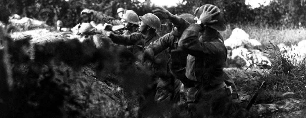 American soldiers on the Piave front hurling a shower of hand grenades into the Austrian trenches.  Varage, Italy.  September 16, 1918.  Sgt. A. Marcioni. (Army) NARA FILE #:  111-SC-24936 WAR & CONFLICT BOOK #:  634