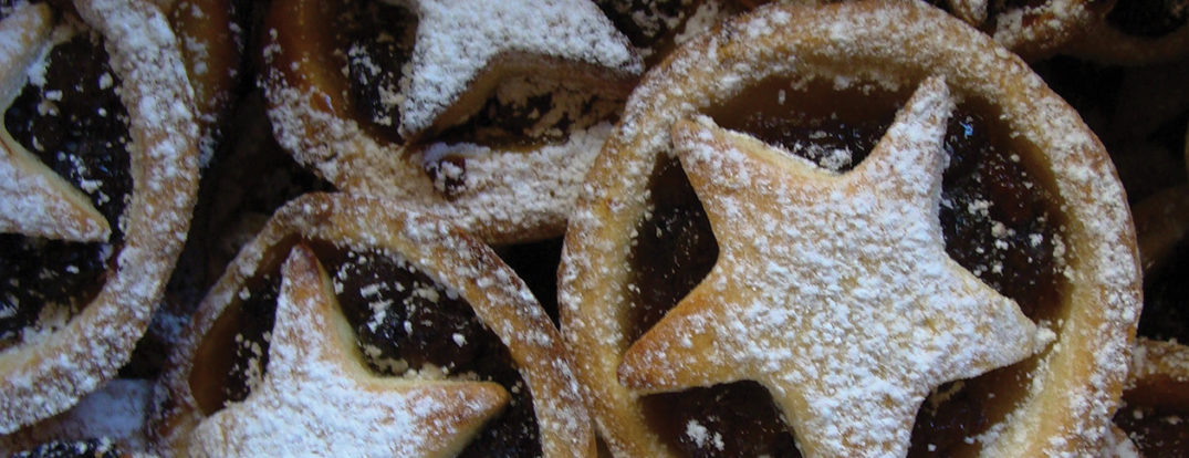 Home made mince pies by Nick. CC BY 2.0 via Flickr.